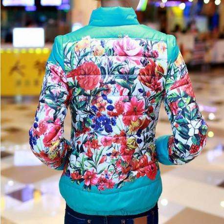 Куртка в цветах